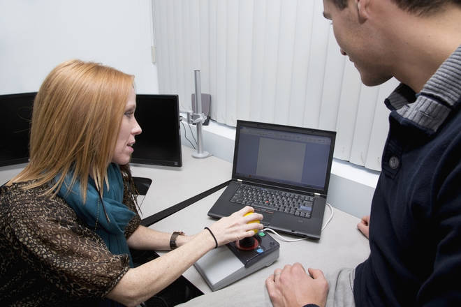 Training to use a computer with special functions for people with disabilities