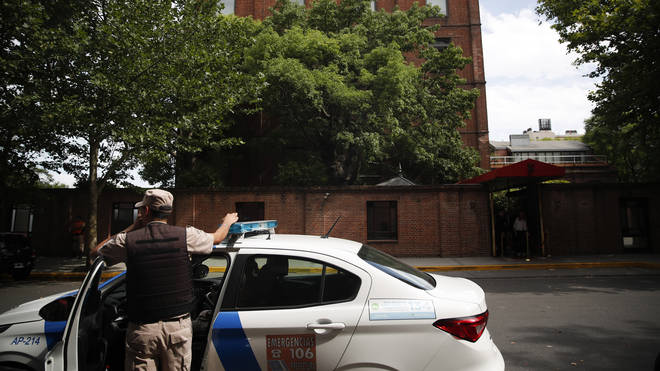 The armed men were attempting a robbery outside the luxury hotel in Buenos Aires