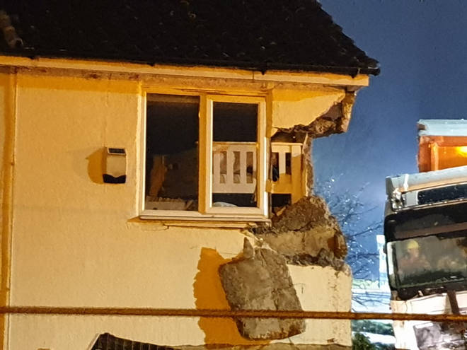 The lorry smashed into the house