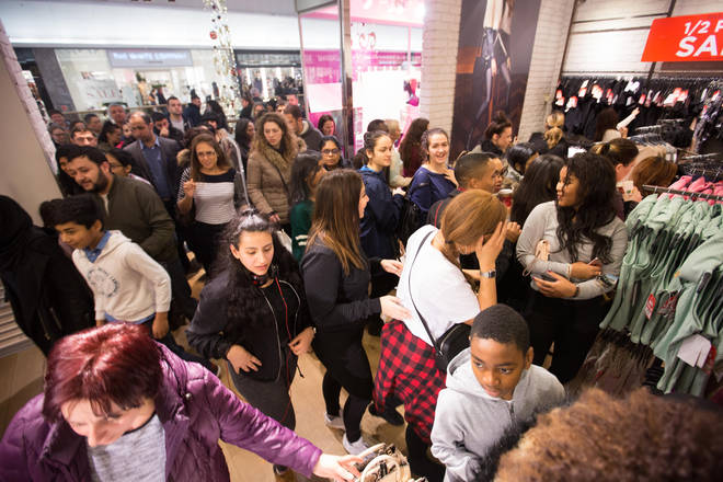 Shoppers rush into stores on Boxing Day