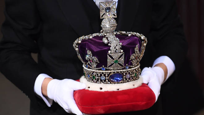 The Imperial State Crown arrived at Parliament in its own vehcile