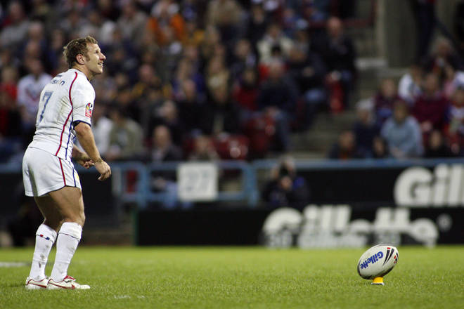 Rob Burrow kicking for Great Britain in 2007