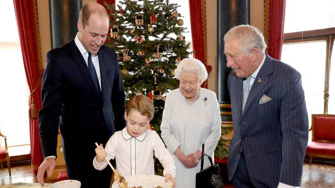 Four generations of Royals make Christmas puddings