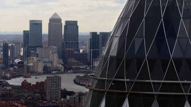 The figures focus on FTSE 100 bosses