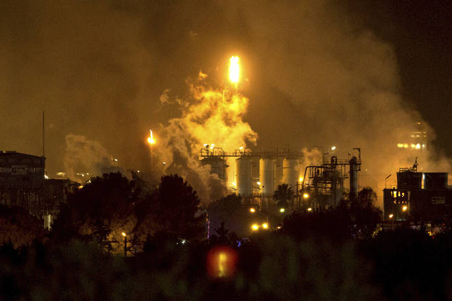 Chemical plant explosion in Spain leaves at least one dead