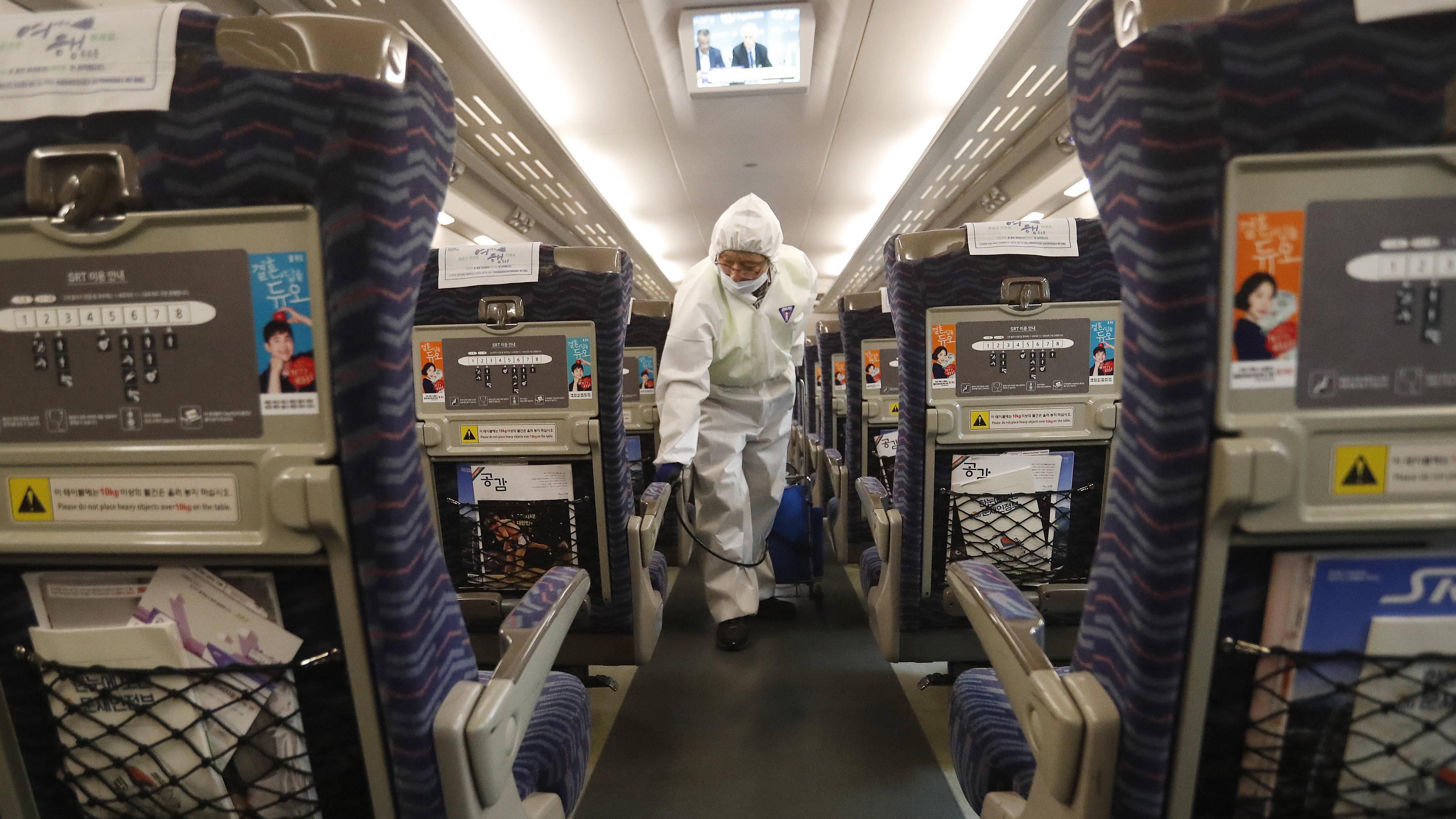 Tests negative on 14 suspected UK coronavirus patients