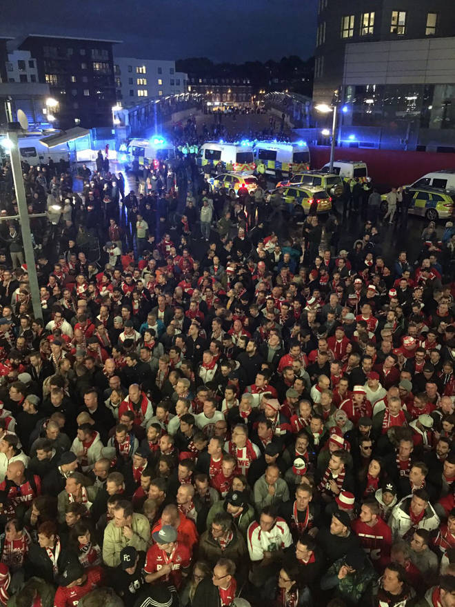 Scene Outside Emirates