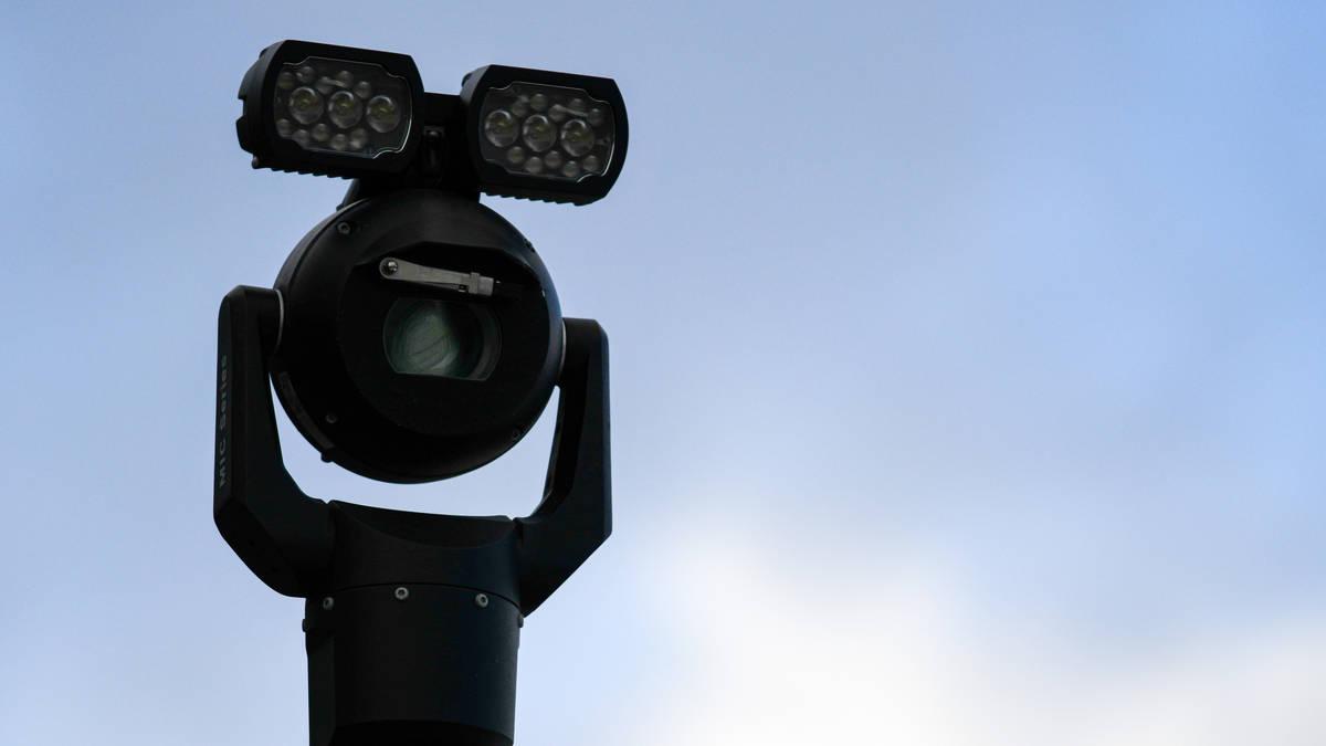 Police deploy controversial facial recognition cameras in Oxford Circus
