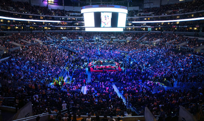 Tens of thousands of people filled the Staples centre in Los Angeles for the memorial
