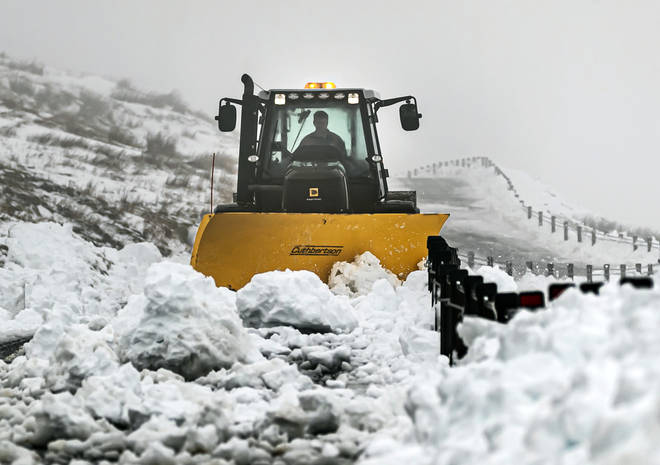 Some parts of Scotland will see between 2cm and 6cm of snow fall on Tuesday