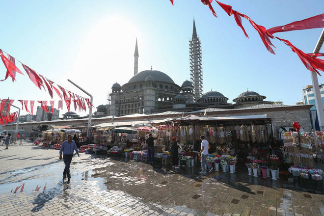 Mary's ex-husband fled to Turkey without a trace