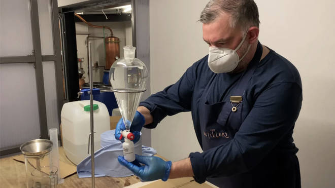 Gin distilleries have agreed to make hand sanitiser for police officers