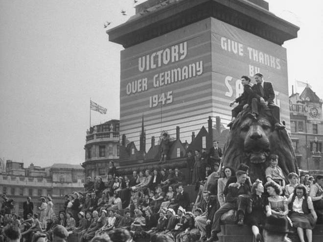 Victory over Germany celebrated at Trafalgar Square in 1945