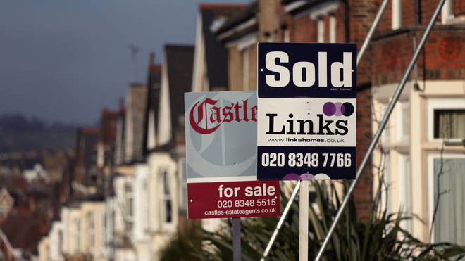 80% of property insiders saw buyers and sellers pull out of deals in April