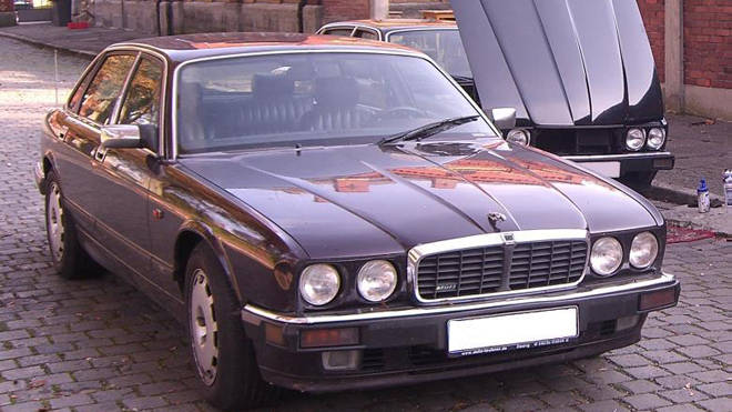 He has also been linked to a 1993 Jaguar XJR6 with a German number plate seen in Praia da Luz