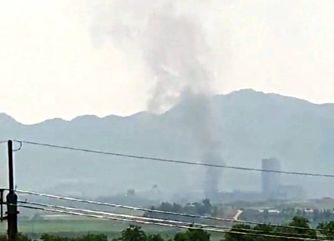 Thick smoke going up from the inter-Korean industrial complex in the North Korean border town of Kaesong