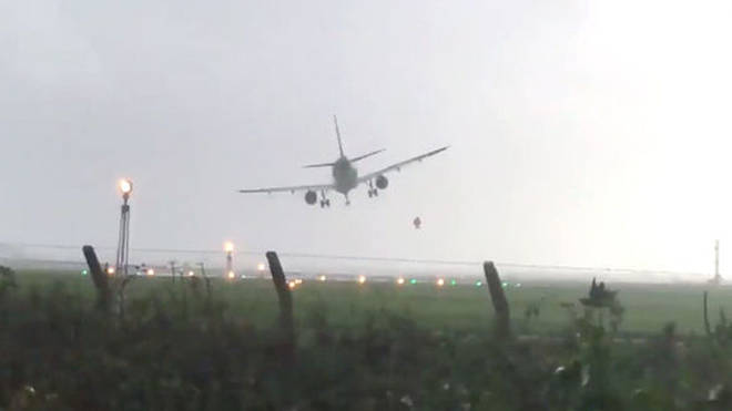 Aer Lingus plane wobbles in the storm