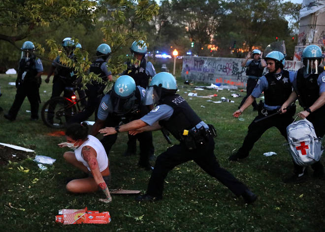 Attempts to topple Columbus statue in Chicago prompted clashes with police