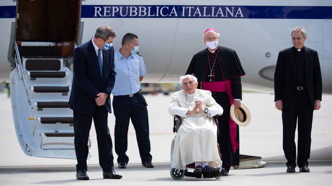The former Pontiff travelled to see his dying brother in June