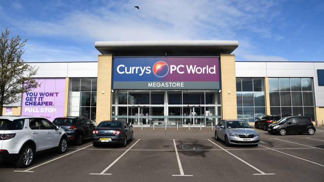 Currys PC World owner to cut 800 jobs