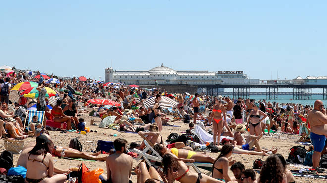 """To trigger a """"heatwave"""" in the UK, three days reaching certain temperatures are needed."""