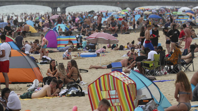 "To trigger a ""heatwave"" in the UK, three days reaching certain temperatures are needed."
