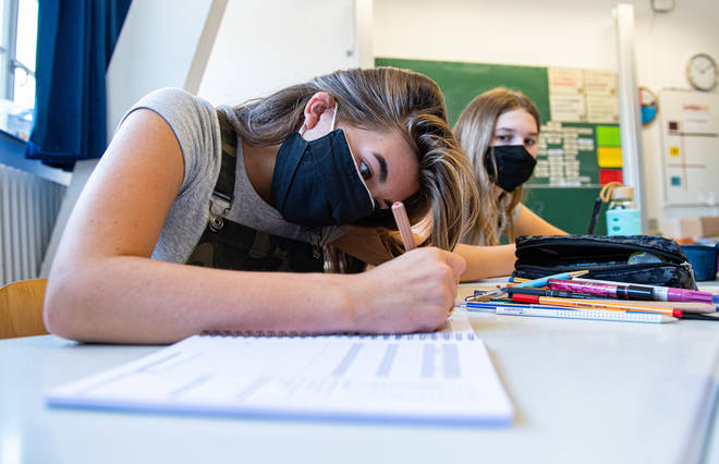 Pupils wearing masks is an option that should be kept under review, a union has said