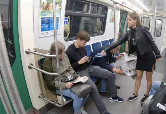 The fight against manspreading