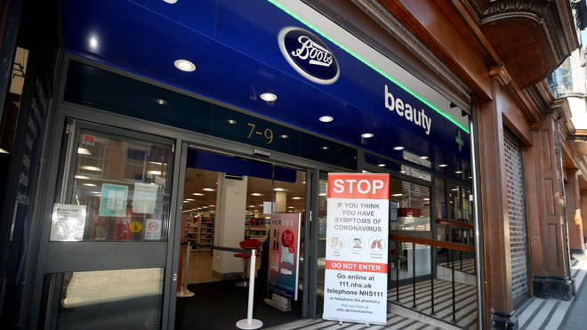 Boots has suspended its flu jab booking service