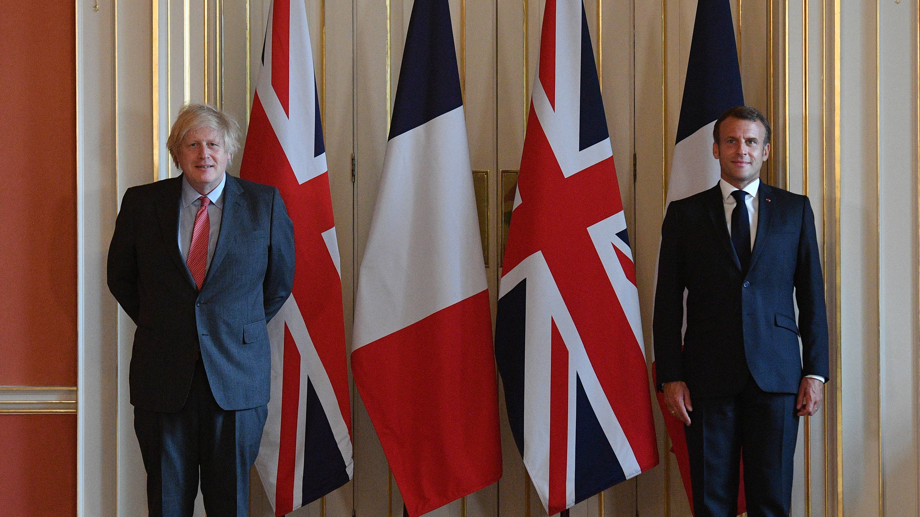 Boris Johnson And Emmanuel Macron Hold Brexit Talks Ahead Of October Deadline Lbc