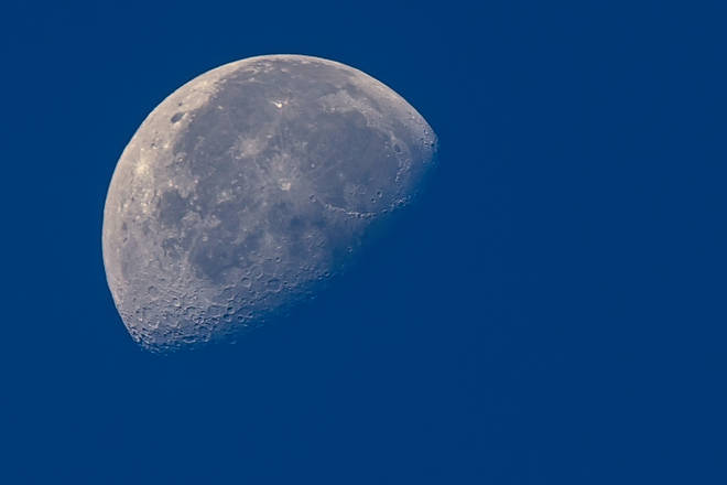 NASA and the UK Space Agency want to have a woman on the moon by 2024