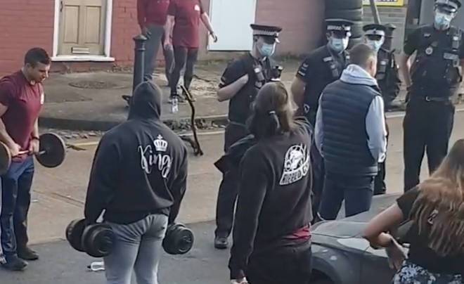 This is the moment police broke up a makeshift gym in Harlow, Essex
