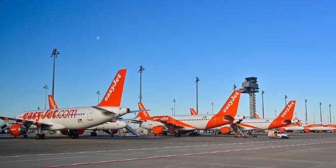 easyJet has reported pre-tax losses of £1.27 billion for the year to September 30