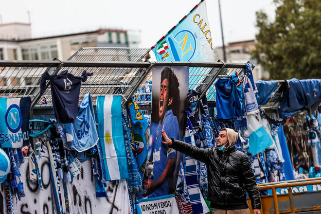 The death of Maradona sparked worldwide grief among football fans