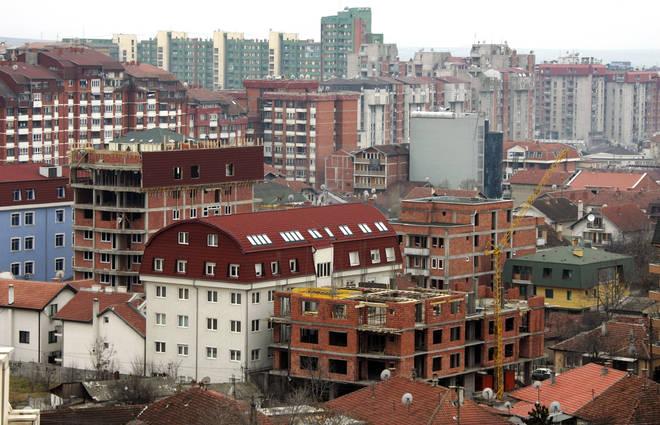 Pristina came under attack by Milošević's troops seeking to eradicate the Kosovar-Albanian population