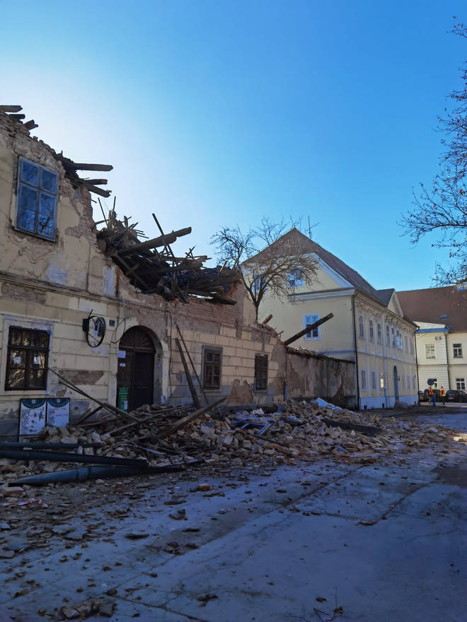 Buildings collapsed in the city of Petrinja.