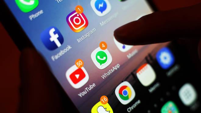 Social networks misinformation