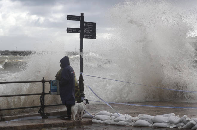 Heavy rain is expected to batter the west coast of the UK this weekend
