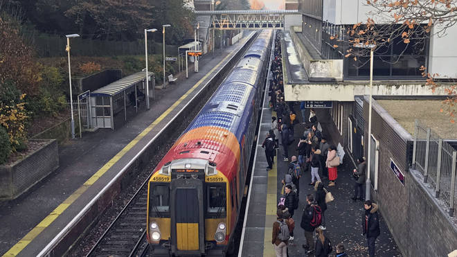 Rail fares are to rise by 2.6%
