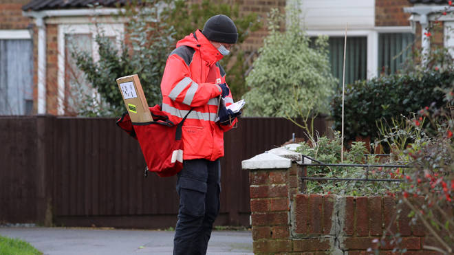 Royal Mail is trialling a Sunday parcel delivery service