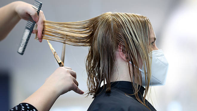 Hairdressers England: Personal care services are expected to reopen in April
