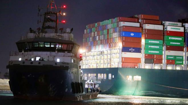 The ship blocking the Suez Canal still won't budge