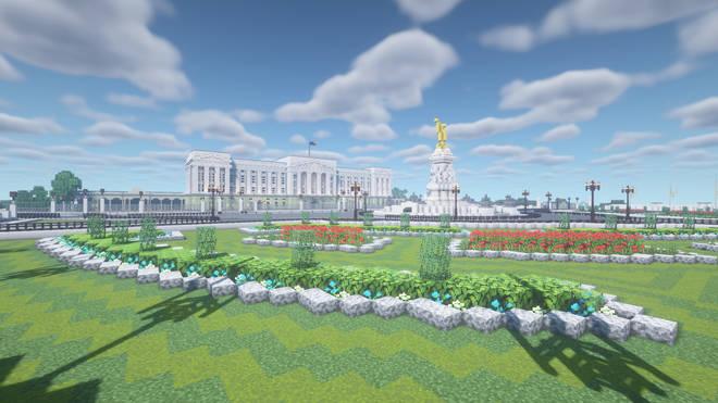 A Minecraft creation designed to look like Buckingham Palace