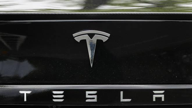 A Tesla car logo