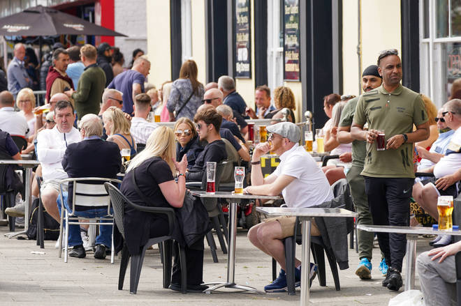 Pub gardens are expected to be packed as those off work on Bank Holiday Monday enjoy the warm weather.