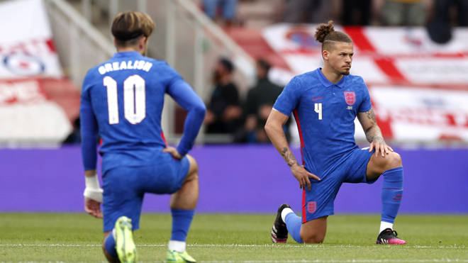 England's Jack Grealish and Kalvin Phillips take a knee before the international friendly match at Riverside Stadium, Middlesbrough
