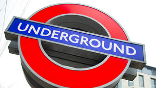 A London Underground roundel