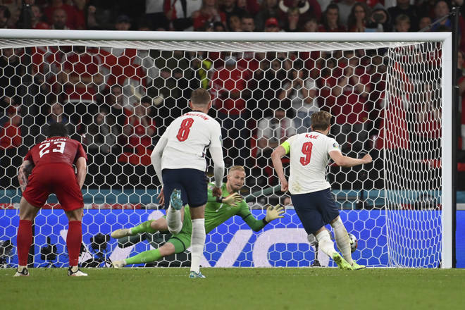 Harry Kane saw his penalty saved by Kasper Schmeichel but he scored the followup.