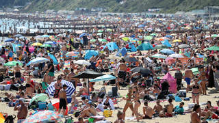 The UK is set to experience a week-long heatwave with temperatures topping 30C according to the weather forecast from the Met Office.