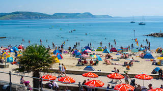 Parts of the UK could experience a mini-heatwave over the weekend